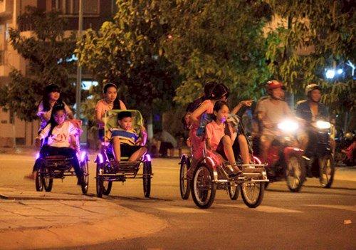 Tìm hiểu về thú vui đạp xe xích lô trẻ em