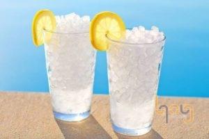 Nước đá viên làm thức uống