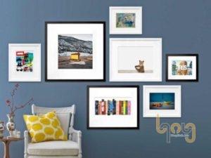 Treo nhiều bức tranh nhỏ phân bố đều trên tường