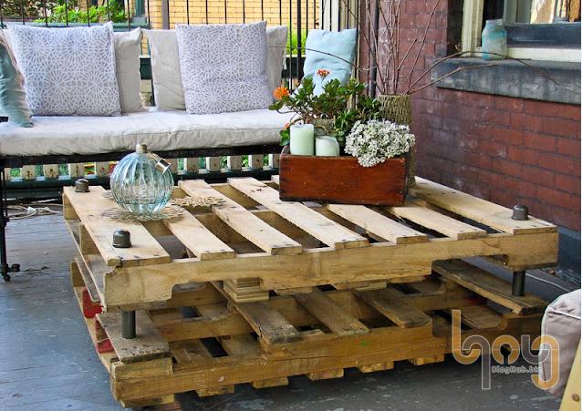 Bàn ghế sofa bằng pallet gỗ