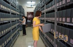 Tủ kệ hồ sơ giúp việc lưu trữ tài liệu ngăn nắp, gọn gàng