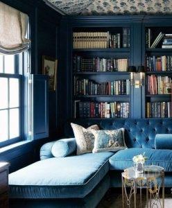 Tủ kệ để sách bằng gỗ mang phong cách cổ điển