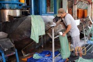 Cơ sở sản xuất nước đá kém chất lượng