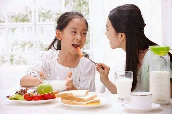lợi ích của việc dậy sớm chính là có thời gian để ăn sáng